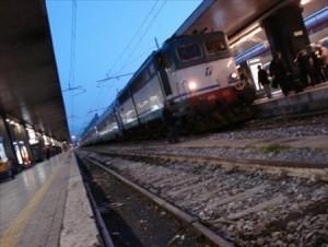 Napoli ragazza travolta e uccisa da treno