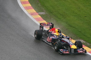 Doppietta Red Bull, errore di Vettel in partenza